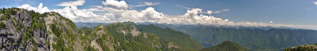 Výhled na hory z Mt. Seymour