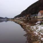 Pohled k Bad Schandau po proudu