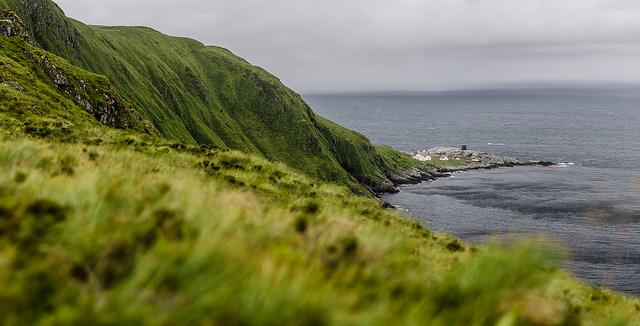 Norsko - maják na pobřeží