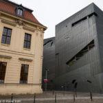 Nová a stará část židovského muzea