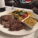hovězí steak s omáčkou Cafe de Paris